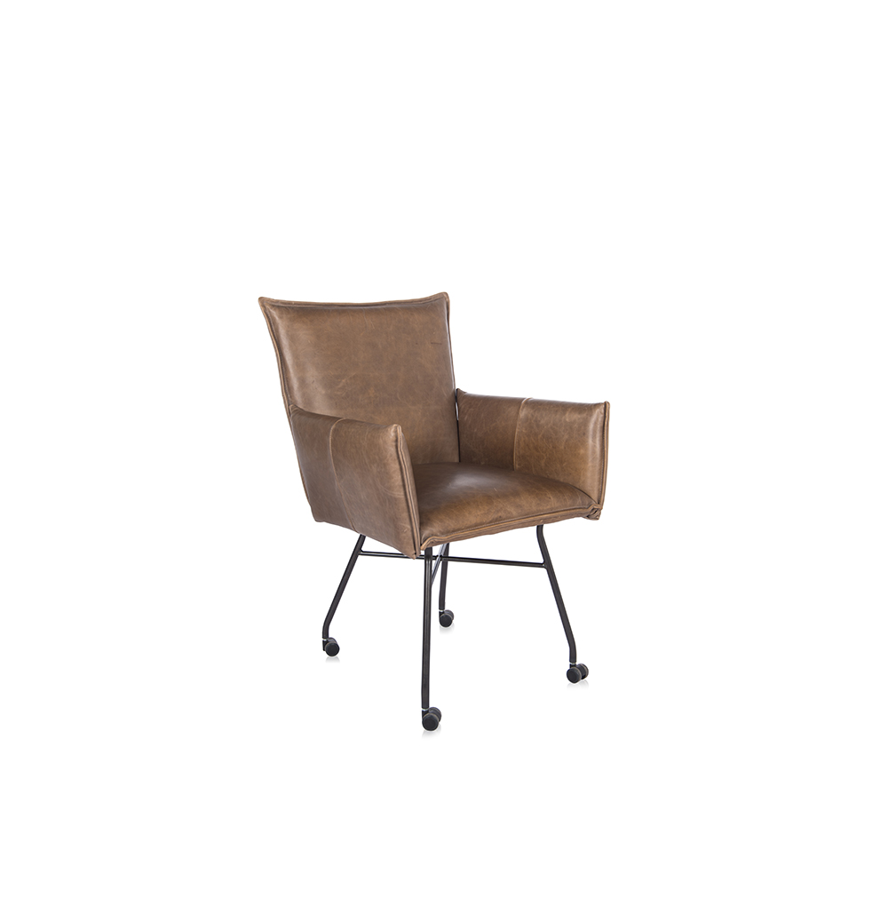 Sanne Diningchair With Arm With Wheel Luxor Fango Oblique